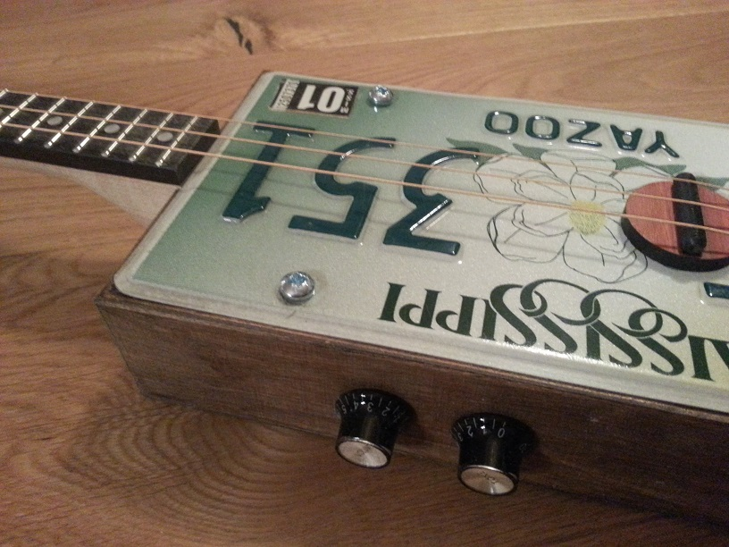 License Plate Guitar Kit -- Piezo Version